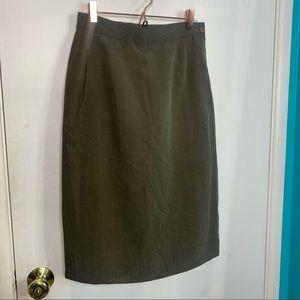 Georgio Armani 100% silk skirt with pockets